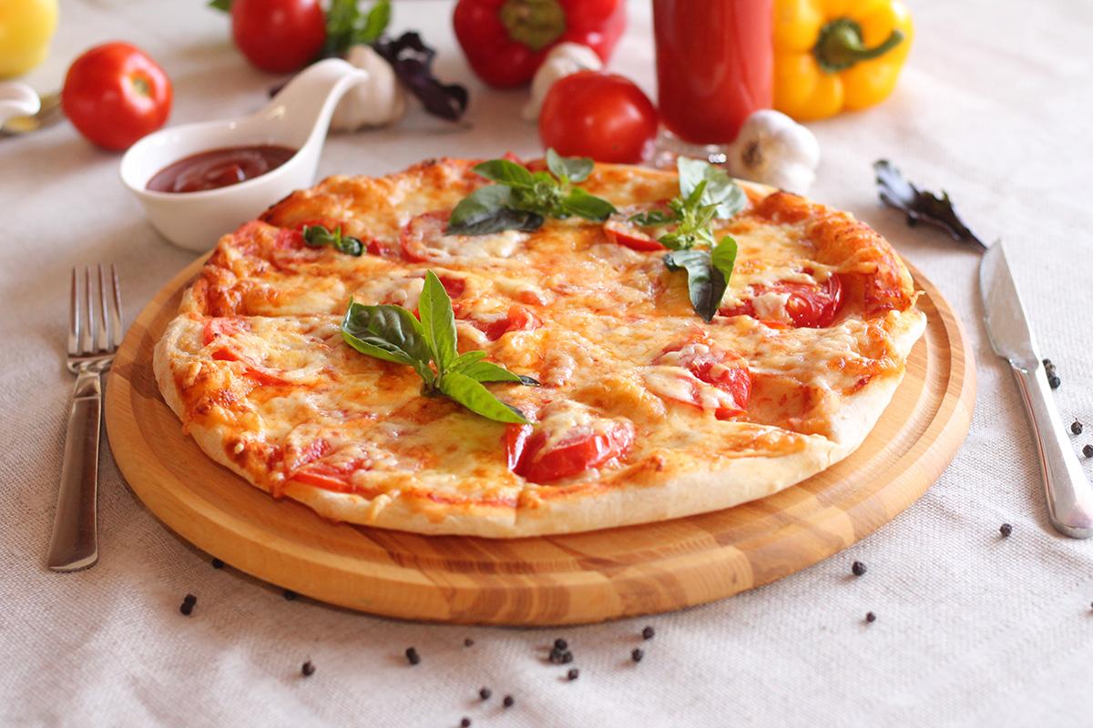 Основні переваги доставки піци додому